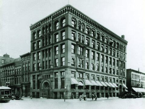 Image of 1917.jpg