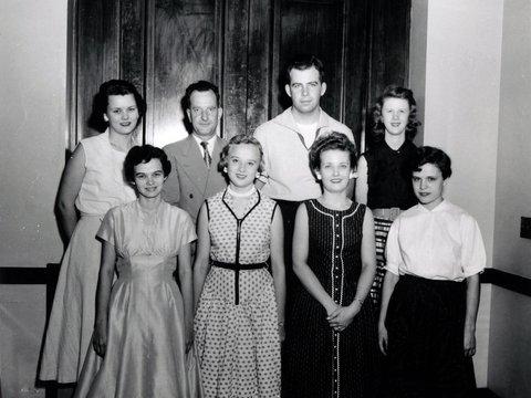 Image of 1955_new_employees.jpg