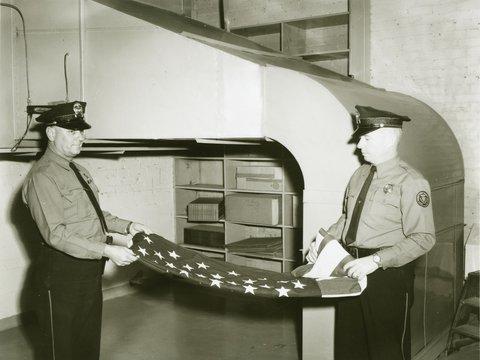 Image of 1966_0124_omaha_branch_protection_flag_folding