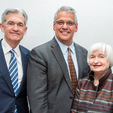 Jerome Powell, Ariel Cisneros and Janet Yellen at Yellen Awards ceremony